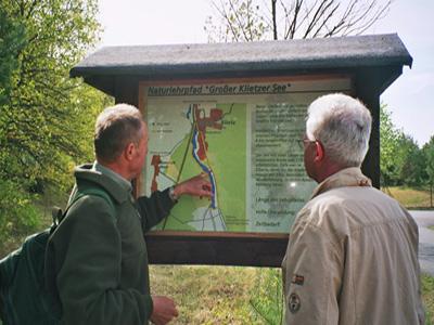 """Naturlehrpfad """"Grosser Klietzer See"""" - Forstingenieur i.R. Joachim Steinborn informiert"""